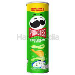 Pringles Potato Crisps Sour Cream & Onion 107gm